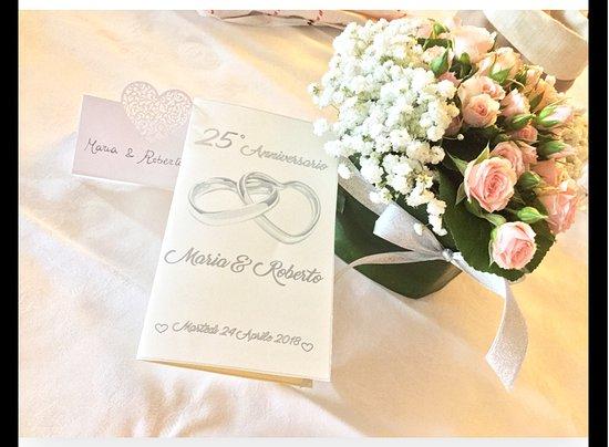 24 Anniversario Di Matrimonio.Dettagli Anniversario Di Matrimonio Picture Of Bella Italia