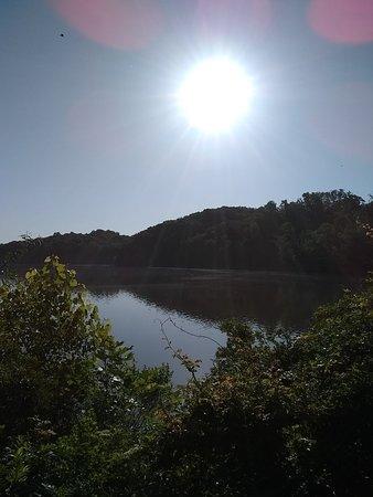 Morgan Falls Overlook Park照片
