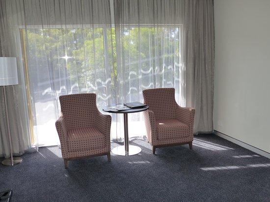 Alexandra Hills, Australia: Lots of pointless empty space.