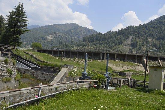 Barot Valley: Barot dam