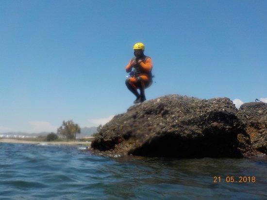 Kayak San Juan de los Terreros: Los recorridos de Coasteering tienen distinto nivel de dificultad