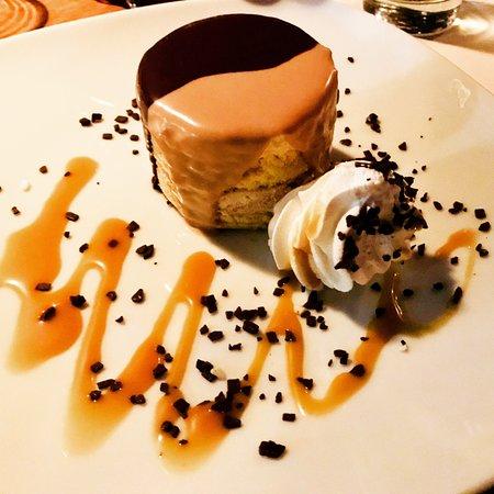 Nasa Kuca: Cake