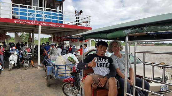 Rattanak's Tuk Tuk Service