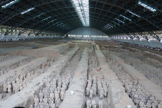 Wendy Wu Tours-Day Tour: Terracotta Warrior Gallery #1