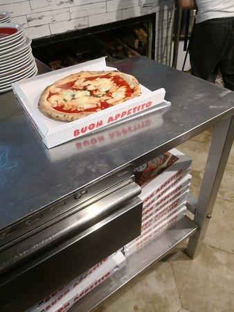 Antica Birreria Moretti: Pane pizza e fantasia fatta con amore.,!!!! In  aleggia.