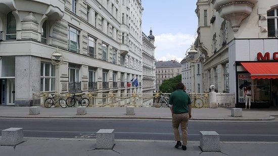 Hohe Brücke Wien : Hohe Brücke