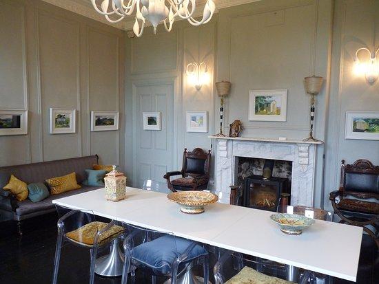 Ffin y Parc Gallery: Gallery Space