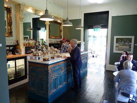 Ffin y Parc Gallery: Coffee Shop