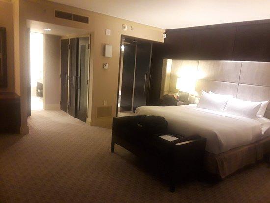 Fairmont Pittsburgh: Presidential Suite bedroom