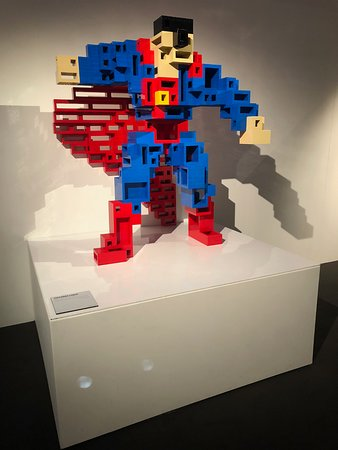 ‪The Art of the Brick DC Super Heroes Paris‬