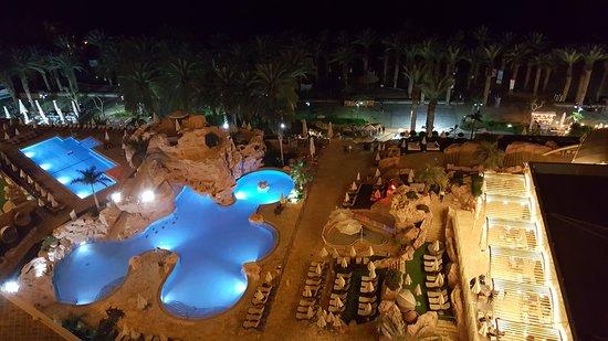 Dan Eilat: beautifully lit pools