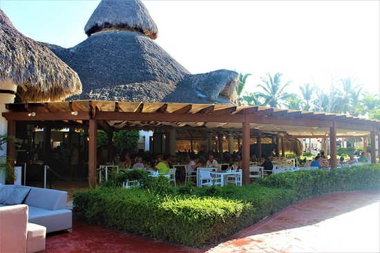Be Live Collection Canoa: restaurant
