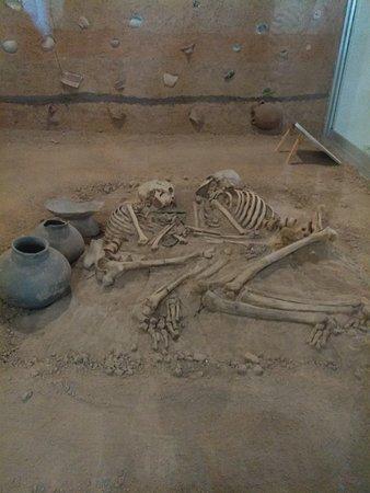 Azerbaijan Museum: Couple from pre-history