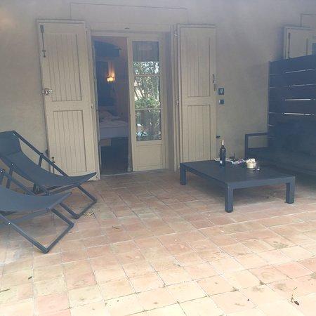 Hotel du Chateau & SPA Carita – fotografija