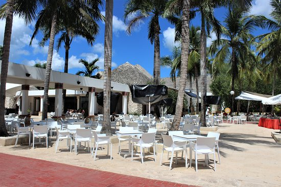 Be Live Collection Canoa: Bar with evening programs