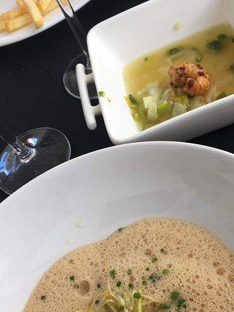 Atlantic Bar & Restaurant: Ravioles de langoustines et son bouillon thaï