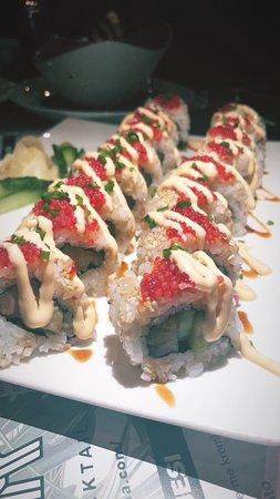 Pepper Concept Bar: sushi