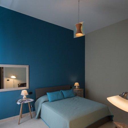 Duomo Regina Apartments: Elegante casa vacanza in pieno centro storico dotata di tutti confort aria condizionata Wi-Fi g