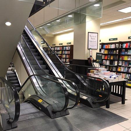 Barnes & Noble Foto