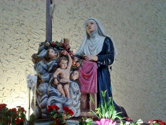 Santuario di Santa Rita: Statua di Santa Rita