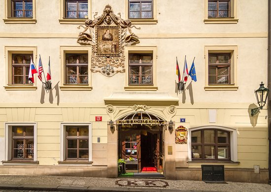 The King Charles: Hotel Exterior & Surroundings
