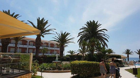 Poseidon Beach Hotel ภาพถ่าย