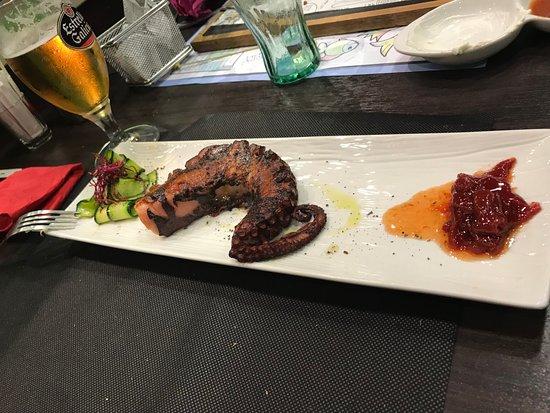 Restaurante Las 4 Estaciones: Pulpo a la brasa