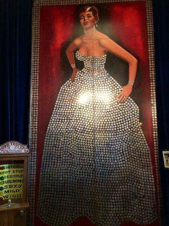 Silver Queen Hotel: The Queen