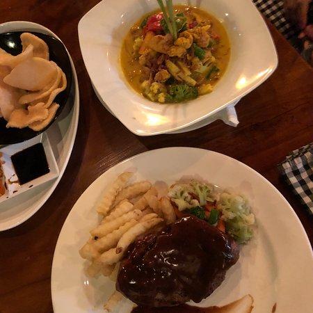 Mr. Bob Bar and Grill Nusa Dua Foto