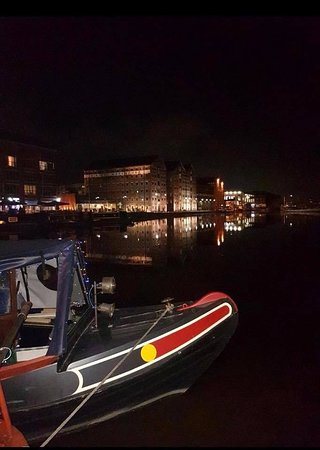 Slimbridge, UK: Gloucester Docks at night