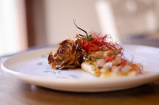 Viantica di Cibo e di Storie: Paccheri con carciofi, tonno fresco e pomodorini