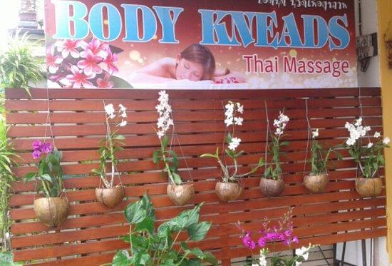 body to body thaimassage nam thai massage