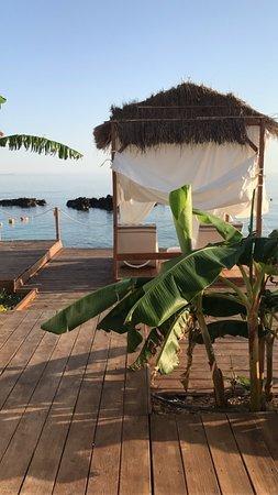 Splendor del Mar Beachbar & Restaurant: Need for some privacy