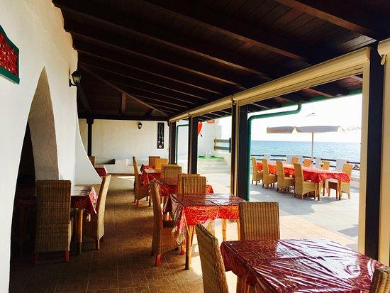 Villaggio Hotel Torre Ruffa: Ristorante sul mare
