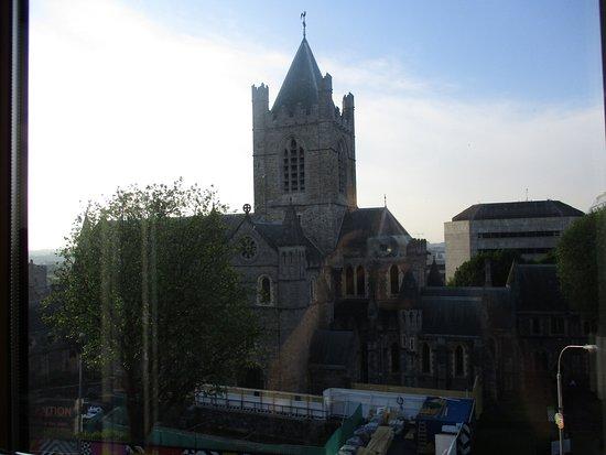 Jurys Inn Dublin Christchurch: View from 4th floor room.