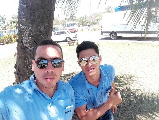 Playa Larga: Bus transgaviota