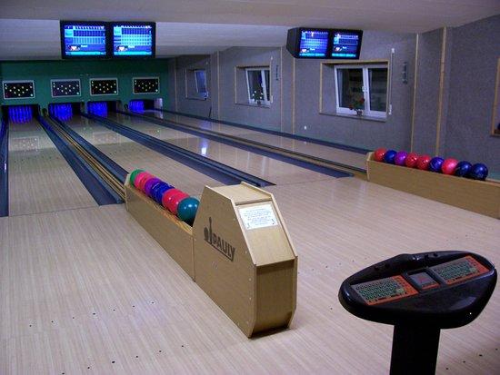 Reuterstadt Stavenhagen, Germany: Bowling