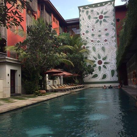 Amnaya Resort Kuta Photo