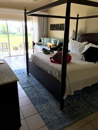 Beaches Turks & Caicos Resort Villages & Spa: HPK - King Walkout with Trundle, Caribbean Village