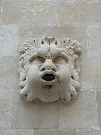 Tours by Tiho & Sons: Gargoyle - Dubrovnik