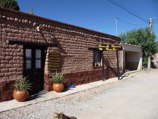 Uquia, Argentina: façade du restaurant