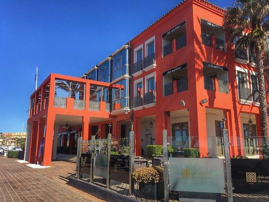 Club Maritimo de Sotogrande: Fachada del hotel