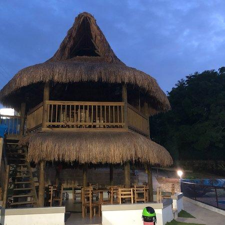 Turbaco, Colombie: Bajo el aterdecer de un lindo lugar  Despídete del sol después de haber disfrutado un día de sol