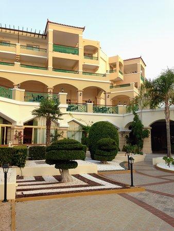 Lindos Princess Beach Hotel: Main hotel's building