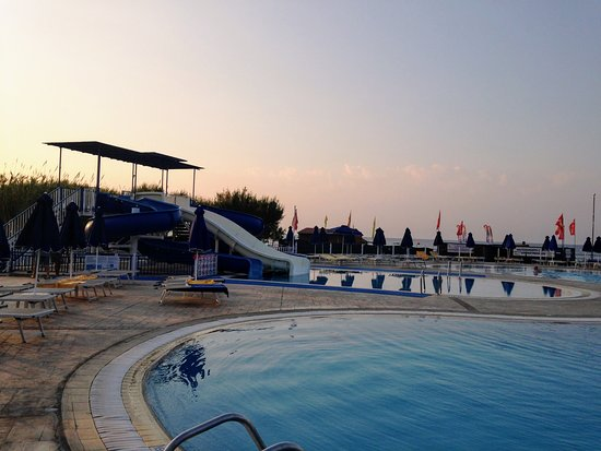 Lindos Princess Beach Hotel: another slide for kids