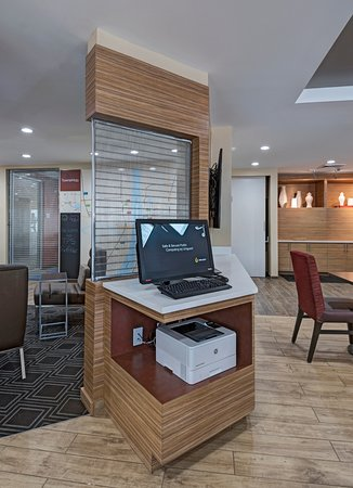 TownePlace Suites Baton Rouge Port Allen: 24 Hour Business Center