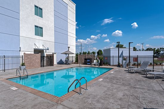 TownePlace Suites Baton Rouge Port Allen : Outdoor Pool