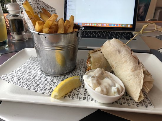 All Bar One Greek Street Leeds: Fish Finger Wrap and Fries (Lunch menu)