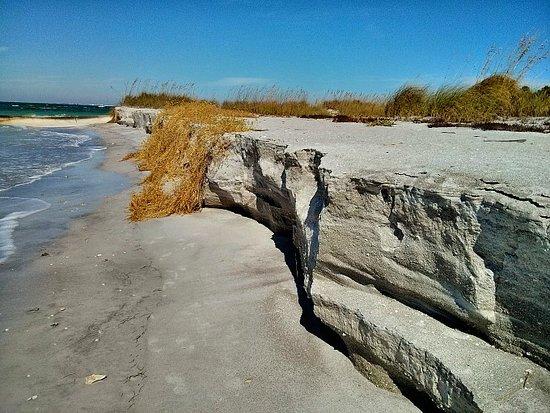Egmont Key State Park: Beach Erosion along the Island