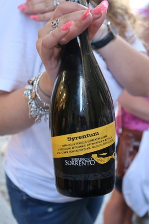 Sorrento Small-Group Food Walking Tour: Da Gigino Restaurant - sparking wine